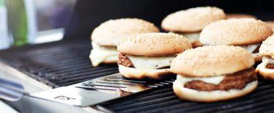Como fazer um hambúrguer: muito além da chapa quente