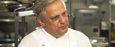 [Vídeo] Visite a cozinha do Restaurante Manacá com o chef Edinho Engel