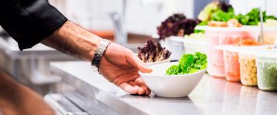 Como restaurantes industriais podem reduzir custos melhorando a gestão de resíduos