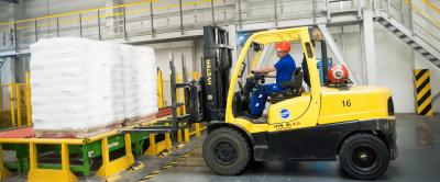 Empilhadeira industrial: inovações trazem ganho de eficiência